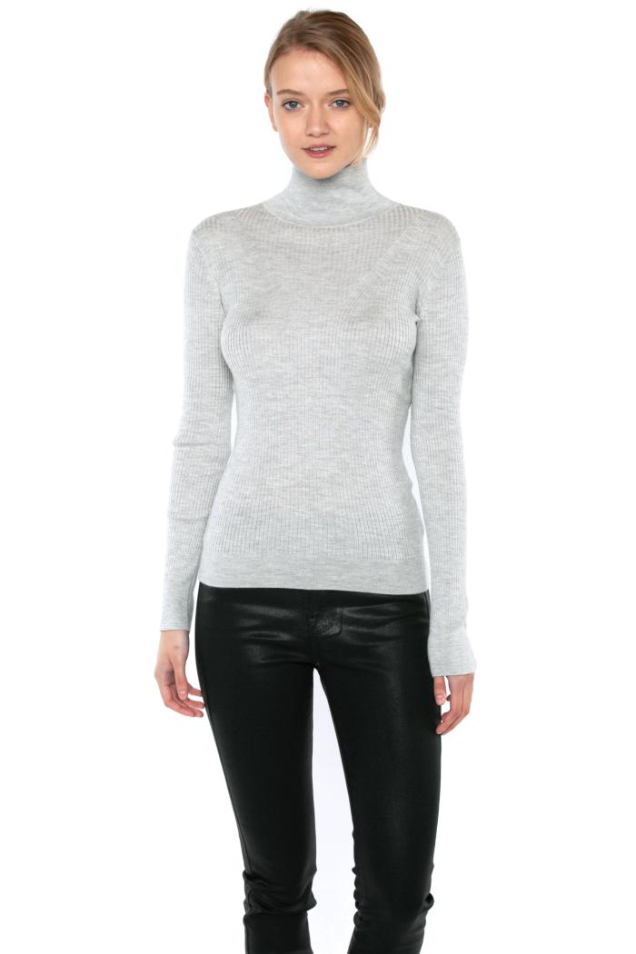 JENNIE LIU Tissue Weight 55% Silk 45% Cashmere Ribbed Long Sleeve Turtleneck Sweater