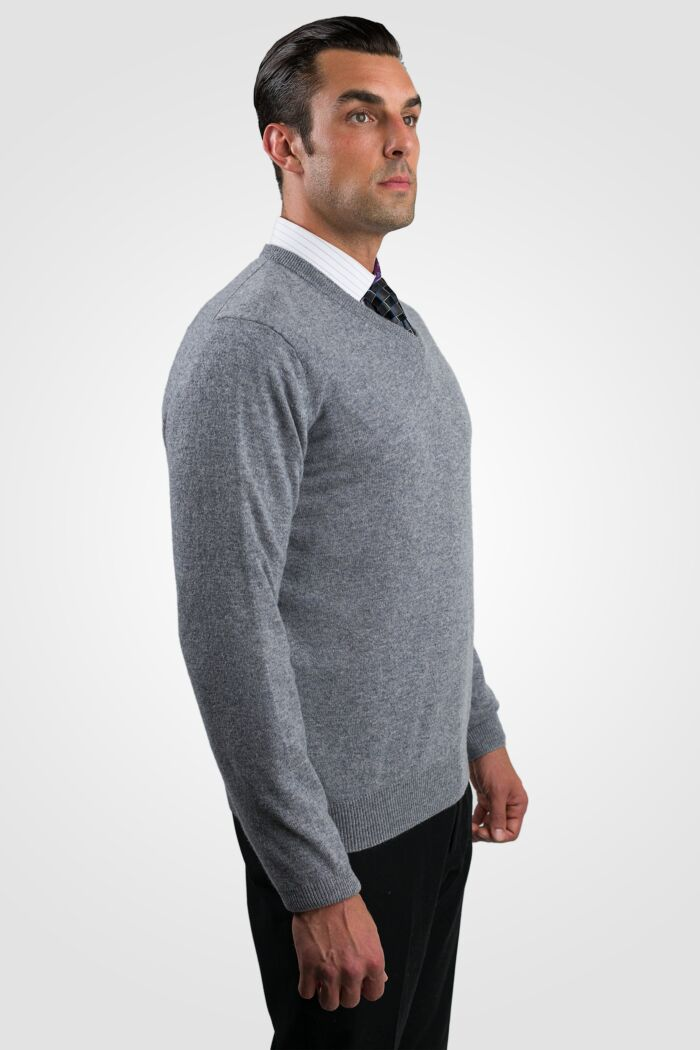 Lt Grey Men's 100% Cashmere Long Sleeve Pullover V Neck Sweater Right View